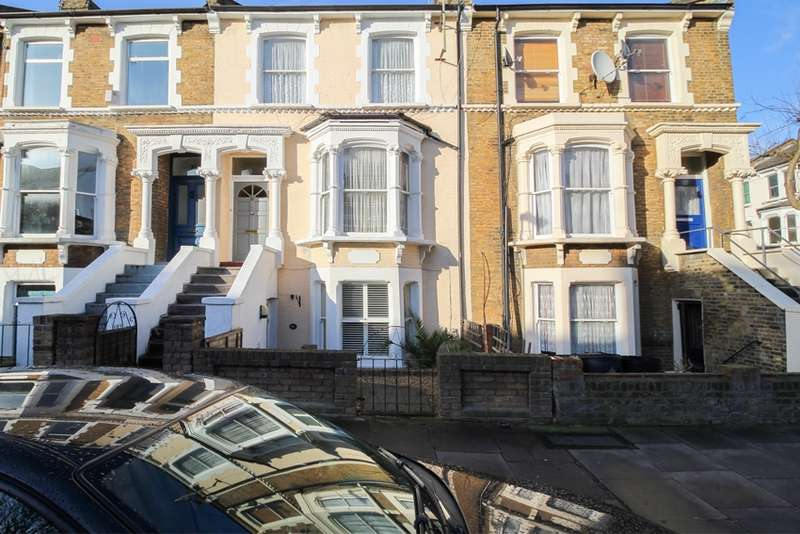 3 Bedrooms Maisonette Flat for sale in Ferntower Road, London, London, N5