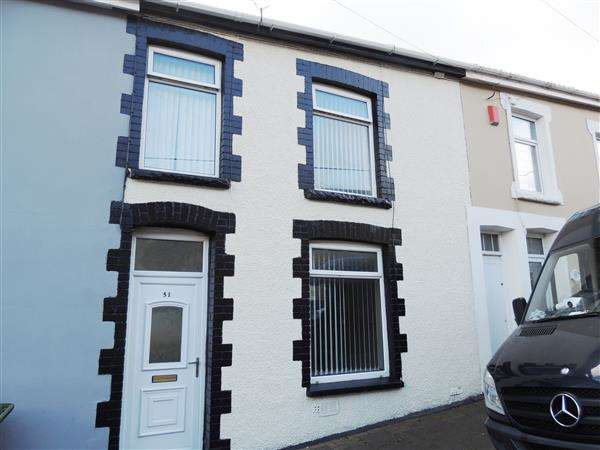 3 Bedrooms Terraced House for sale in Greenmeadow, Penrhiwfer