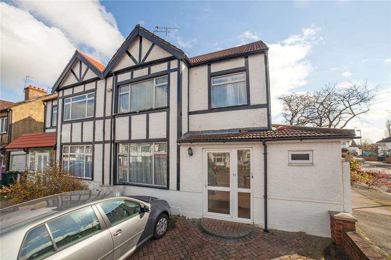 4 Bedrooms Semi Detached House for sale in Derwent Avenue, Mill Hill, London, NW7
