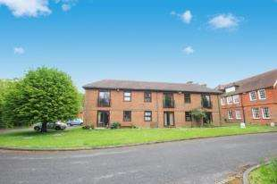 1 Bedroom Retirement Property for sale in Delves House East, Delves Close, Lewes, East Sussex