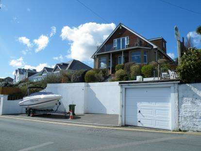 3 Bedrooms Detached House for sale in Mevagissey, St. Austell, Cornwall