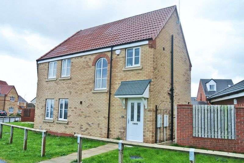 3 Bedrooms Semi Detached House for sale in Spruce Way, Selby, North Yorkshire