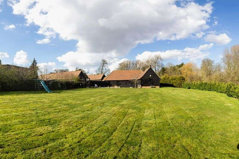 5 Bedrooms House for sale in Church End, Walkern, Hertfordshire