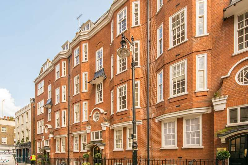 Studio Flat for sale in Garrick House, Mayfair, W1J