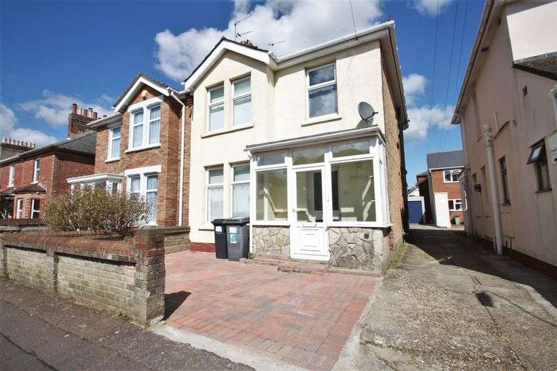 5 Bedrooms Detached House for rent in Malmesbury Park Road, Charminster