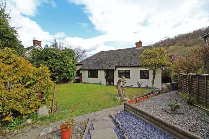 3 Bedrooms Detached Bungalow for sale in Pontfadog, Llangollen