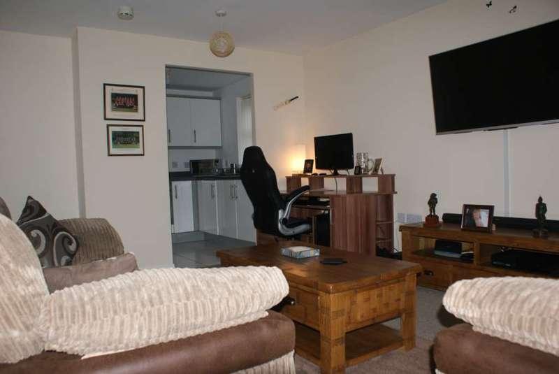 2 Bedrooms Retirement Property for sale in Apt River View Court, Tonge Moor