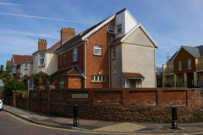 End Of Terrace House for sale in Paignton, Devon