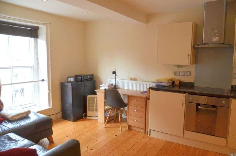 1 Bedroom Flat for sale in Steep Hill, Lincoln