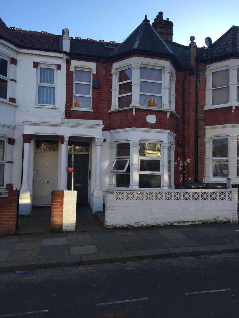 1 Bedroom Studio Flat for sale in Stunning Studio, London, N8