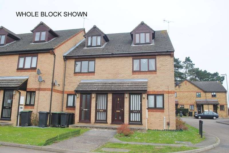 2 Bedrooms Flat for sale in Harborough Way, Rushden