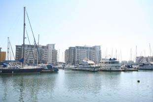 2 Bedrooms Flat for sale in Fiador Court, 6 Midway Quay, Eastbourne, East Sussex