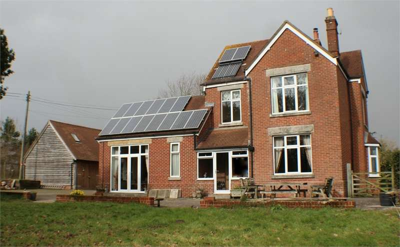 4 Bedrooms Detached House for sale in West Holme, WAREHAM, Dorset