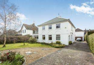4 Bedrooms Detached House for sale in West Close, Middleton-On-Sea, Bognor Regis, West Sussex