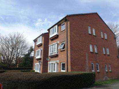 1 Bedroom Flat for sale in Tom Price Close, Cheltenham, Gloucestershire