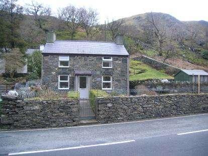 3 Bedrooms Detached House for sale in Nant Peris, Caernarfon, Gwynedd, LL55