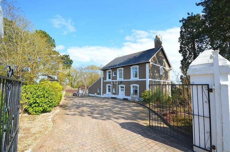 5 Bedrooms Detached House for sale in Greenhill Road, Pontypool