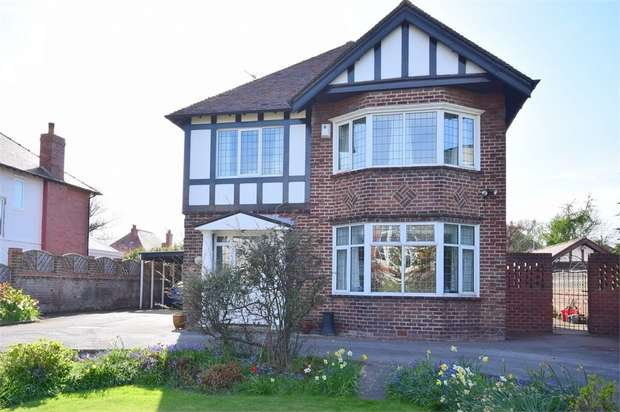 4 Bedrooms Detached House for sale in 57 Headroomgate Road, LYTHAM ST ANNES, Lancashire