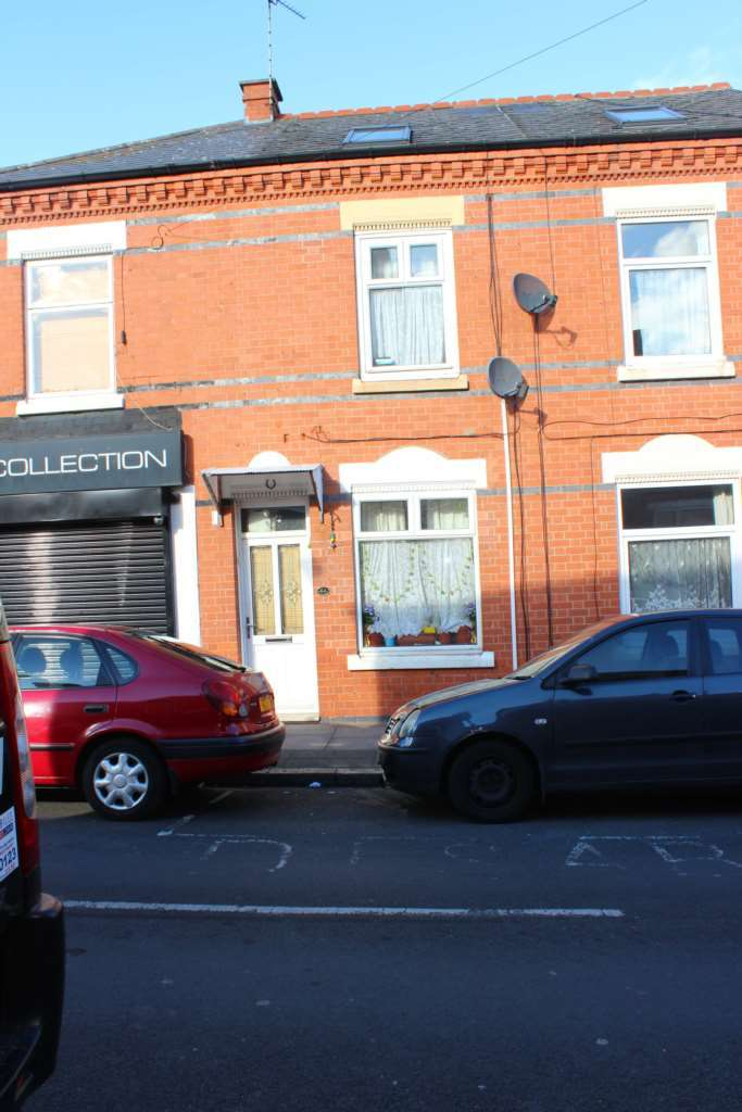 4 Bedrooms Terraced House for sale in Bonsall Street, Leicester