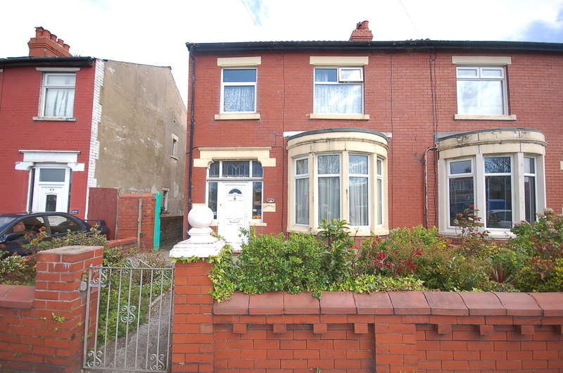 3 Bedrooms Semi Detached House for sale in Ansdell Road, Blackpool