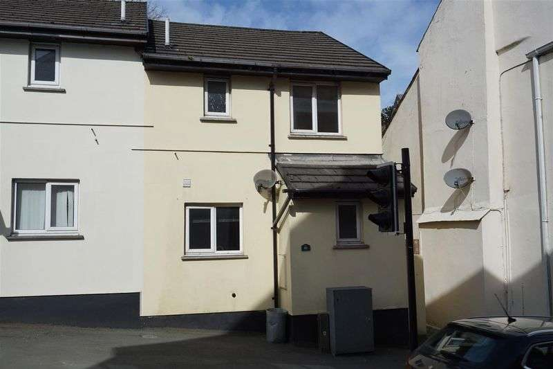 3 Bedrooms Property for sale in Fore Street, Camelford