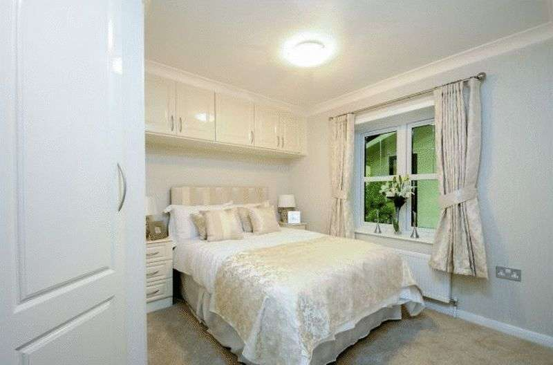 2 Bedrooms Bungalow for sale in Stately Albion Windsor (45 x 20)