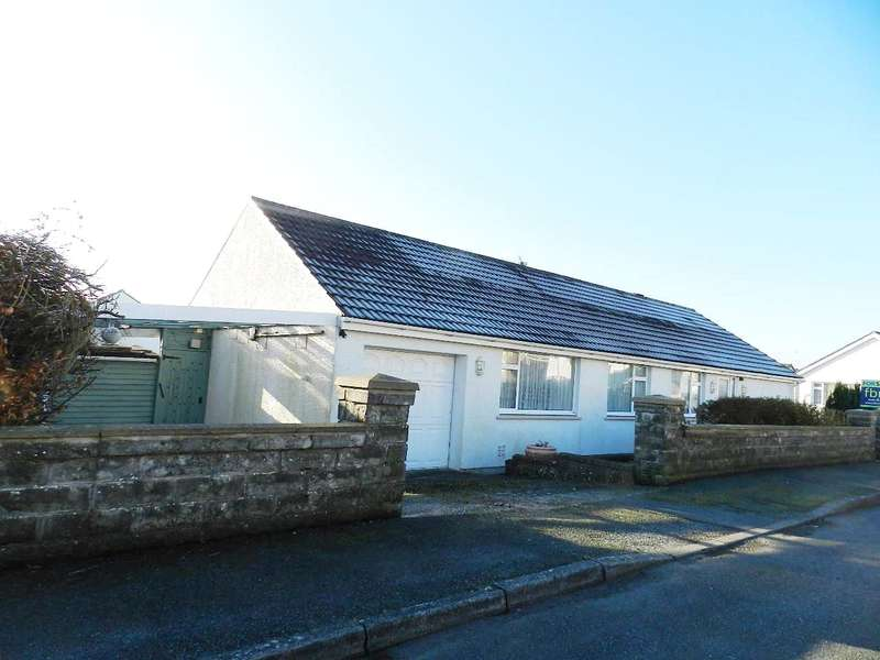 3 Bedrooms Detached Bungalow for sale in Haven Park Crescent, Haverfordwest, Pembrokeshire