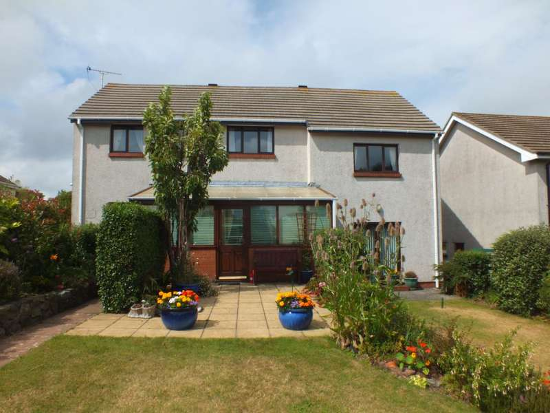 5 Bedrooms Detached House for sale in Westaway Drive, Hakin, Milford Haven