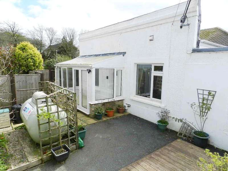 2 Bedrooms Semi Detached Bungalow for sale in St. Davids Road, Letterston, Haverfordwest