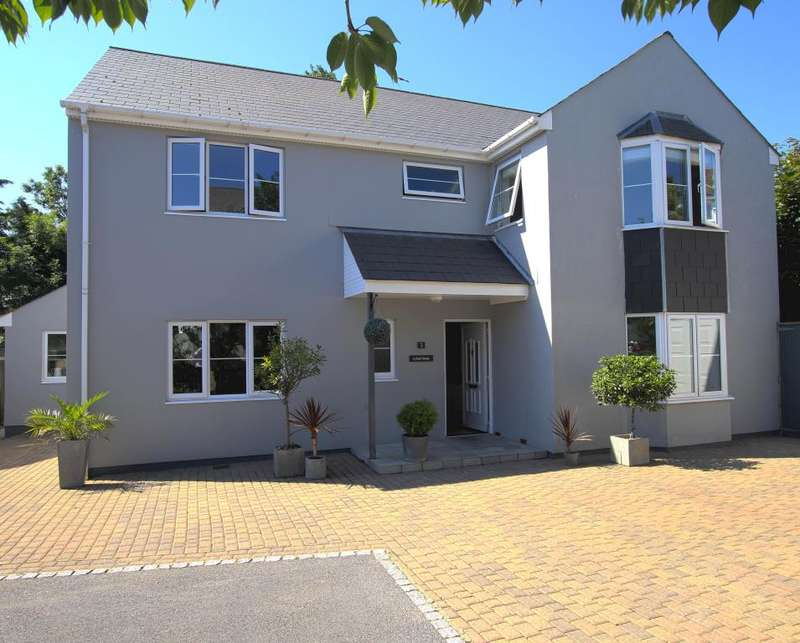 4 Bedrooms Detached House for sale in St. Marys Hill, Heywood Lane, Tenby
