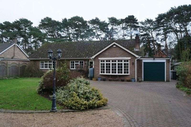 3 Bedrooms Detached Bungalow for sale in Spa Road, Woodhall Spa