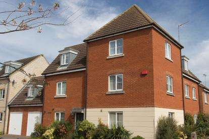 6 Bedrooms Link Detached House for sale in Downham Market, Norfolk