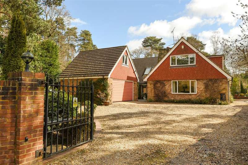 5 Bedrooms Detached House for sale in Soldiers Rise, Wokingham