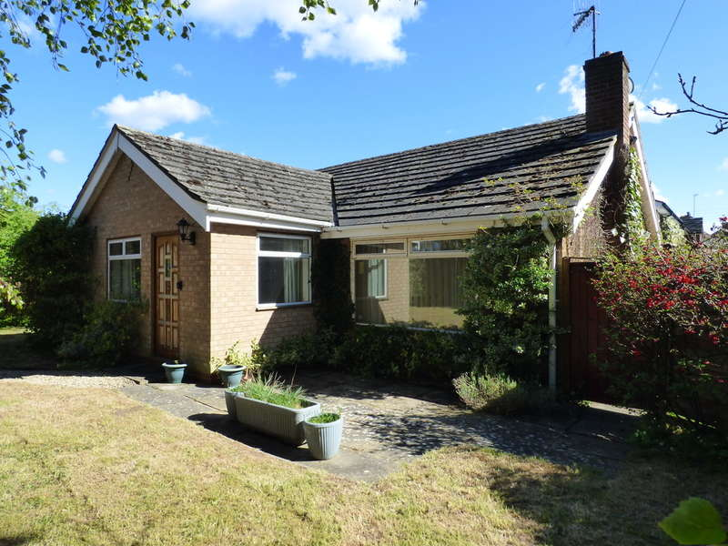 3 Bedrooms Detached Bungalow for sale in Lower Brailes