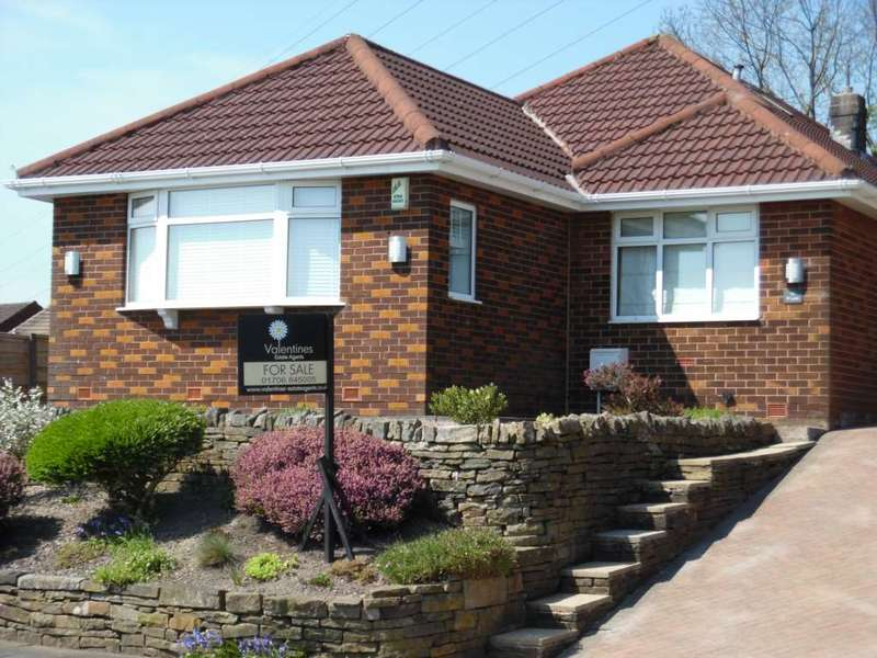 4 Bedrooms Bungalow for sale in Fir Lane, Royton
