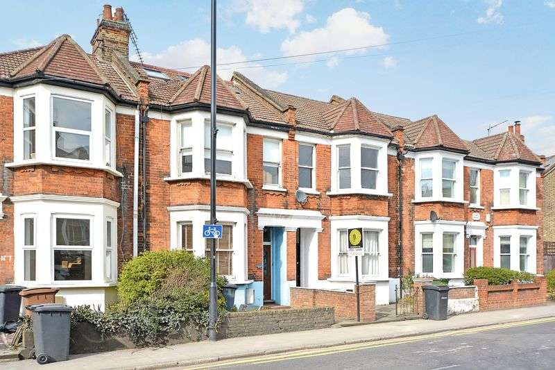 5 Bedrooms Terraced House for sale in Cassland Road E9, 5 Bedroom Property