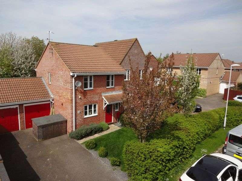 3 Bedrooms Detached House for sale in Houghton Regis, Dunstable
