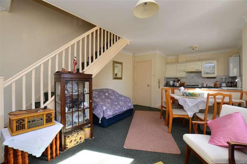 1 Bedroom Ground Flat for sale in Harold Street, Dover, Kent