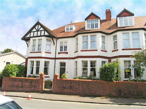 6 Bedrooms Semi Detached House for sale in The Avenue, Llandaff