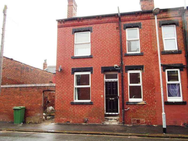 1 Bedroom Terraced House for sale in Cleveleys Terrace, Holbeck, LS11 0AG