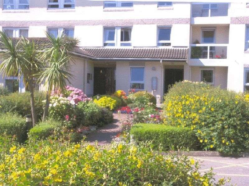 1 Bedroom Retirement Property for sale in Homecombe House, Torquay, TQ1 3ND