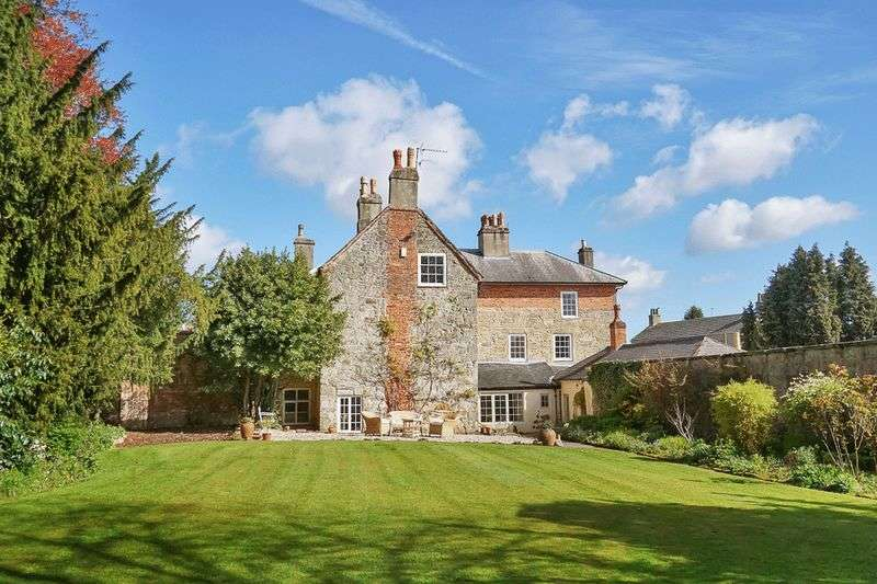 7 Bedrooms Detached House for sale in Main Street, Kings Newton