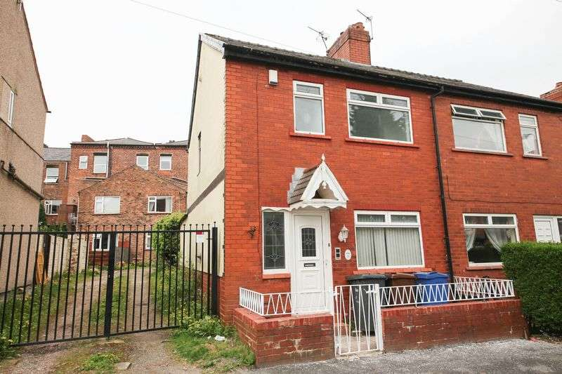 3 Bedrooms Semi Detached House for sale in Freckleton Street, Wigan