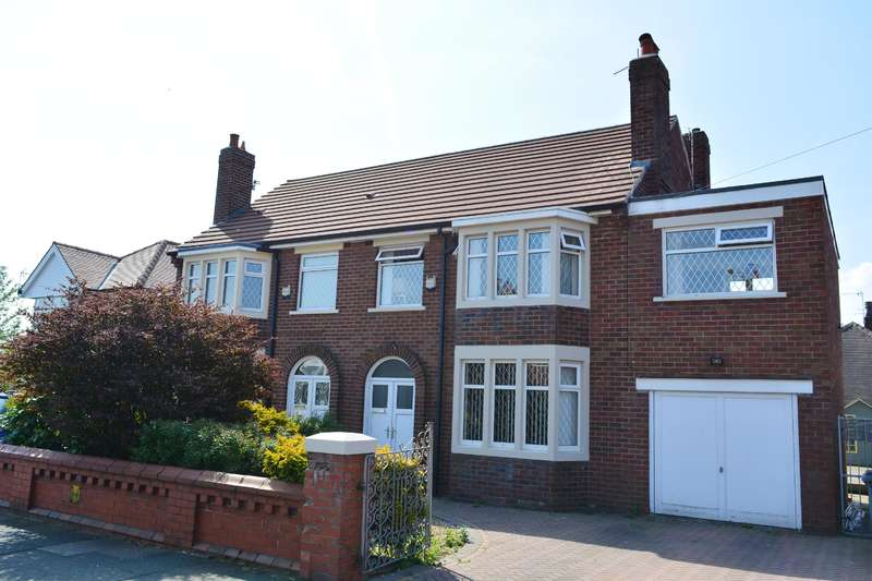 4 Bedrooms Semi Detached House for sale in 60 Penrose Ave,Marton ,Blackpool , FY4 4JS