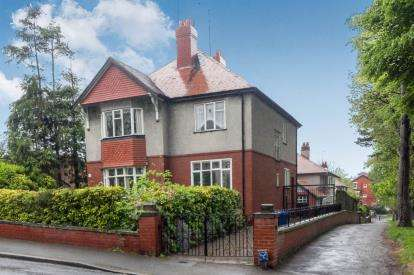 4 Bedrooms House for sale in Mostyn Avenue, Prestatyn, Denbighshire, Denbs, LL19