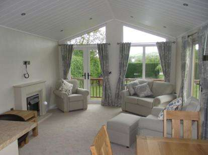 2 Bedrooms House for sale in Wells