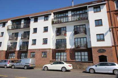 1 Bedroom Flat for sale in Main Street, Largs