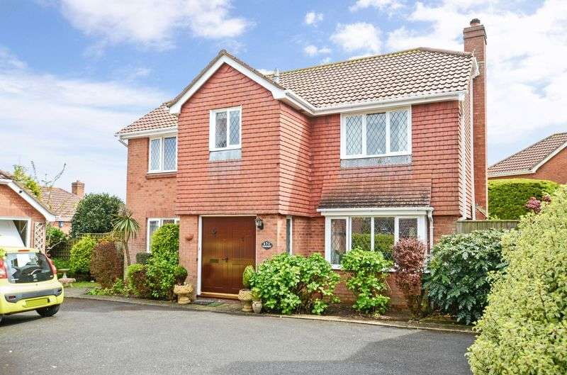 4 Bedrooms Detached House for sale in Blenheim Close, Torquay