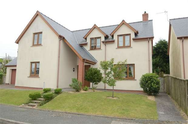 4 Bedrooms Detached House for sale in Vale Court, Houghton, Milford Haven, Pembrokeshire