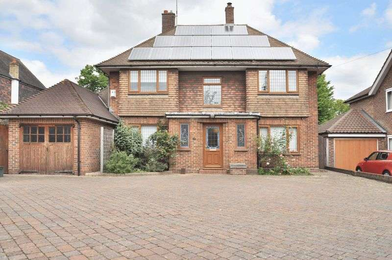 4 Bedrooms Detached House for sale in Parkwood Road, Bexley